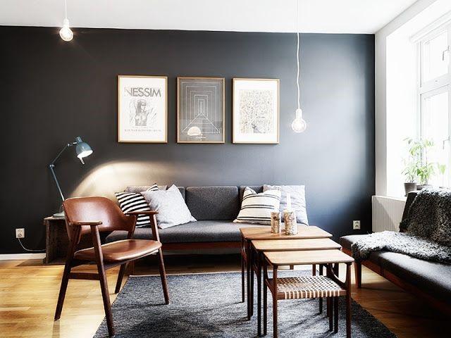 Простая современная гостиная