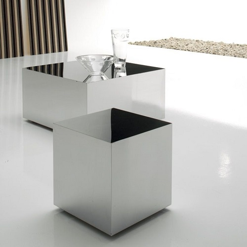 Зеркальный кофейный столик в виде куба