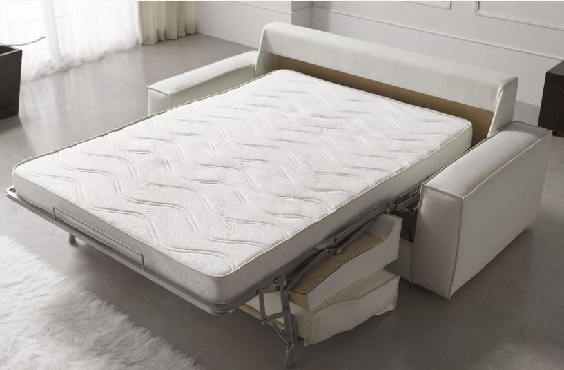 Диван-кровать в разложенном виде