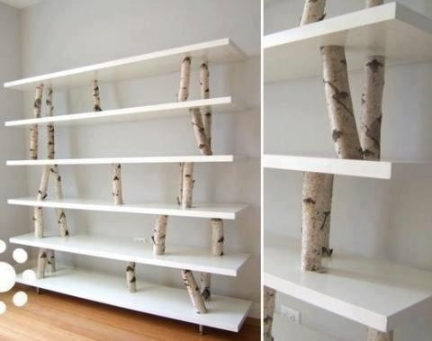 Книжный шкаф из березовых стволов