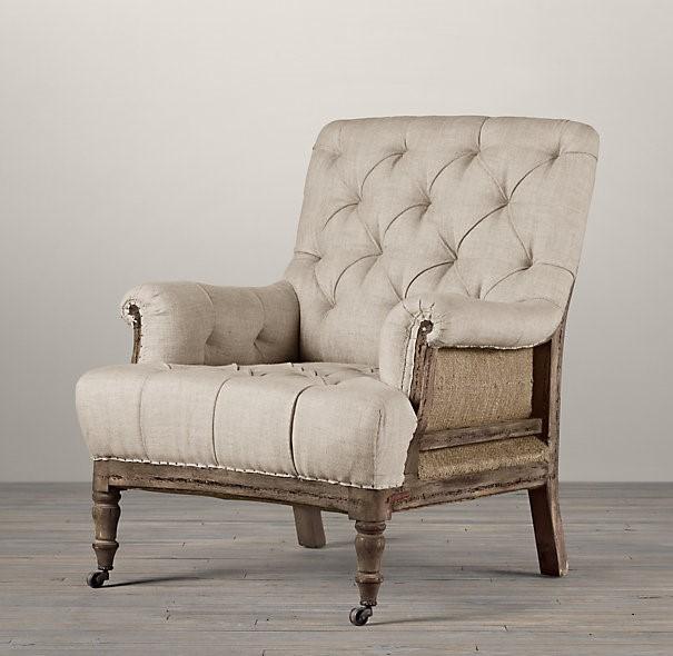 Винтажное кресло без обивки