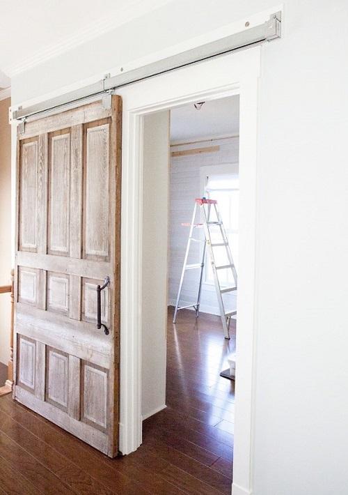 Раздвижная межкомнатная дверь в квартире