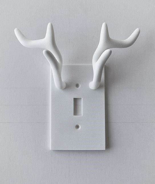 Накладка с рогами оленя на электрический включатель света напечатанный на 3д принтере