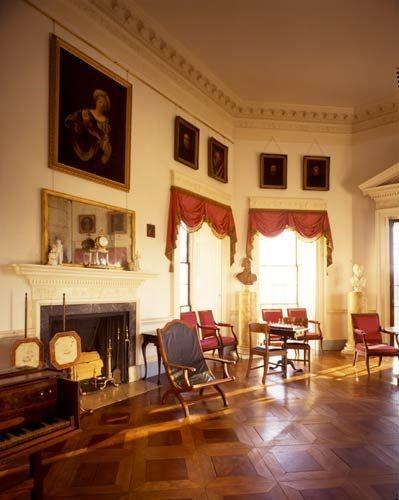 Интерьер, придуманный Томасом Джефферсоном для поместья Монтичелло