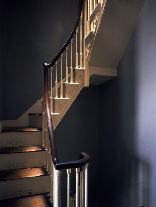 Интерьер поместья Монтичелло - лестница