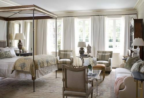 Спальня совмещенная с гостиной зоной