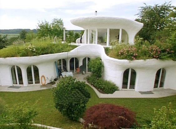Загородный дом с экологичным дизайном