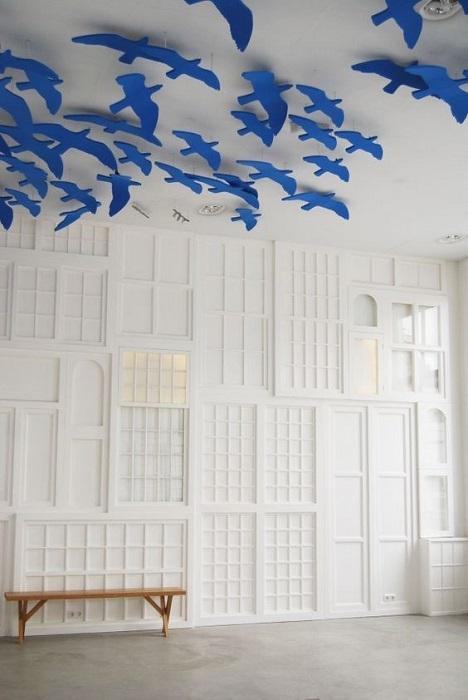 Декоративные птицы как элементы дизайна интерьера