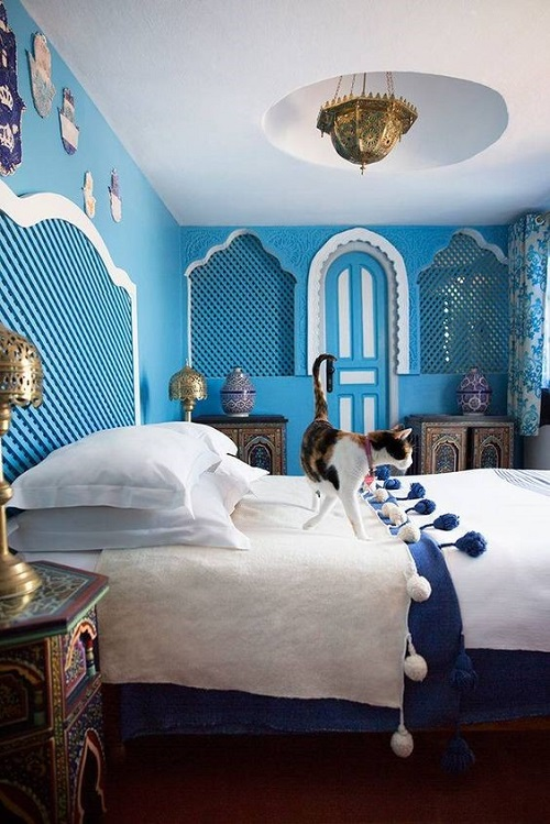 Голубая спальня в арабском стиле