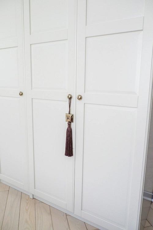 Шкаф ПАКС из Икеа с ручками из Zara Home