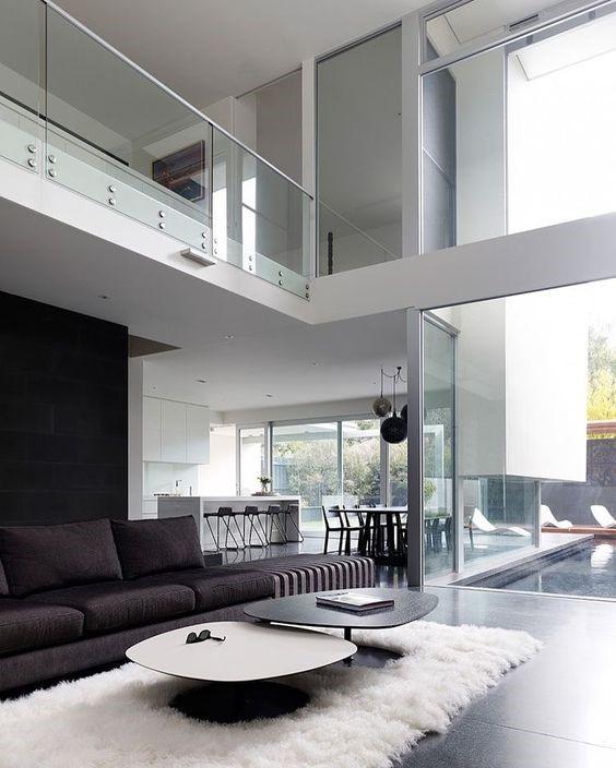 Гостиная в доме в стиле хайтек и минимализм
