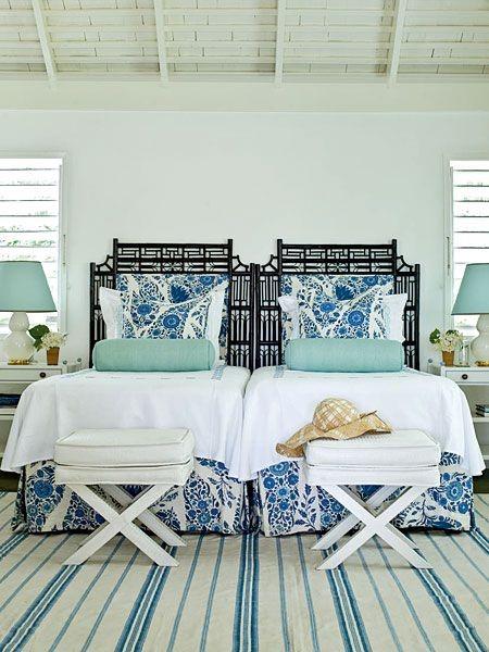 Спальня в стиле прованс с элементами стиля шинуазри