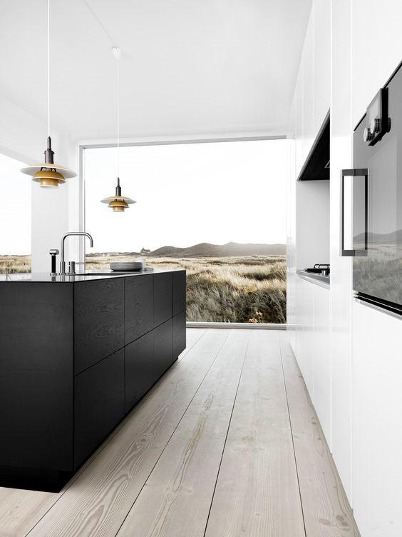 Современная хай тек кухня в минималлистичном стиле