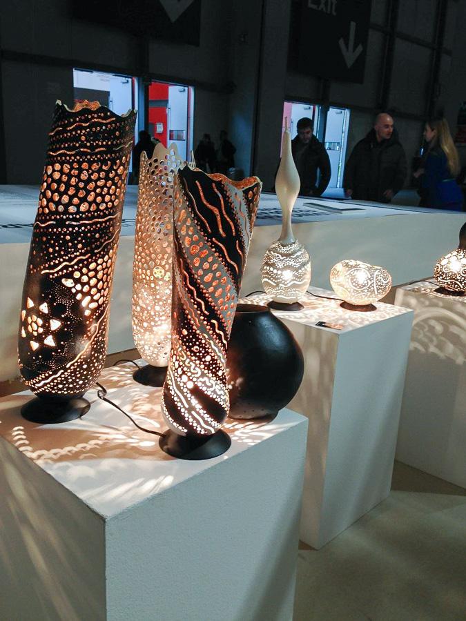 Глиняные вазы в качестве светильников