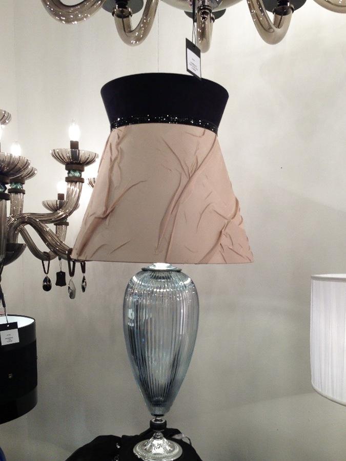 Интересная дизайнерская лампа