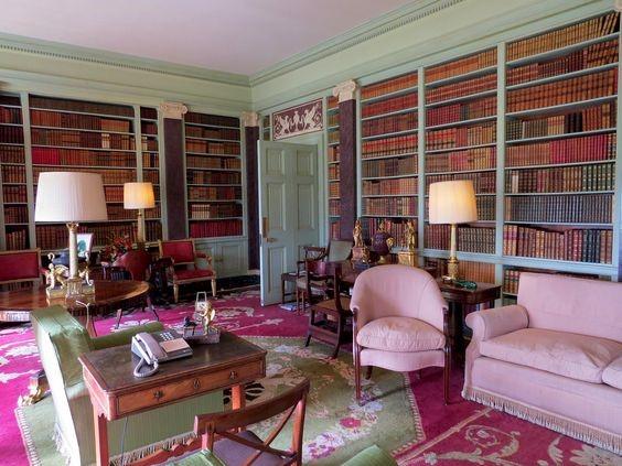 Розовая библиотека