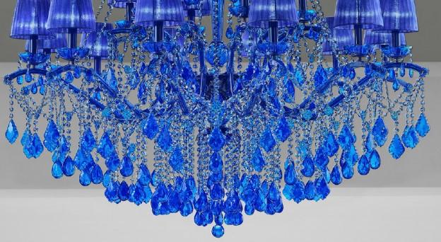 Необычный вариант люстры Maria Teresa в синем цвете