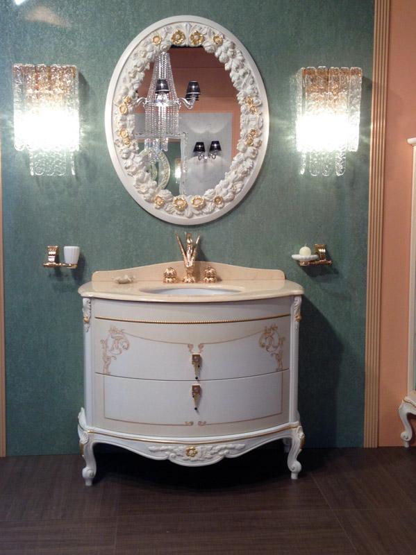 Классическая мебель для ванной комнаты с золотым лебедем