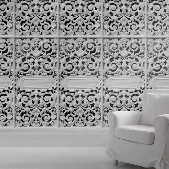Имитация стеновых панелей при помощи обоев
