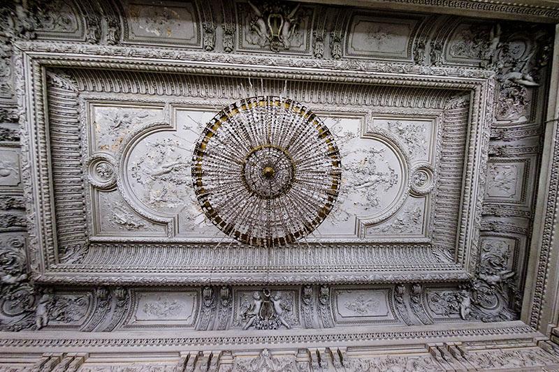 Потолок в особняке Брусницыных