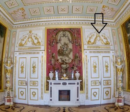 Фальшдверь в интерьерах дворца