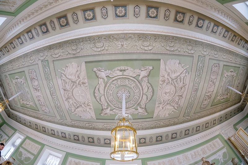 Потолок дворца в Павловске