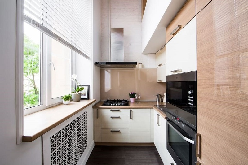 Подоконник на кухне в качестве столешницы
