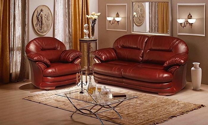 Кожаный диван непонятной формы