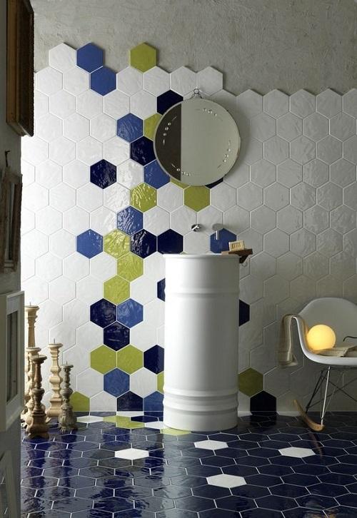 Цветная шестиугольная плитка в интерьере