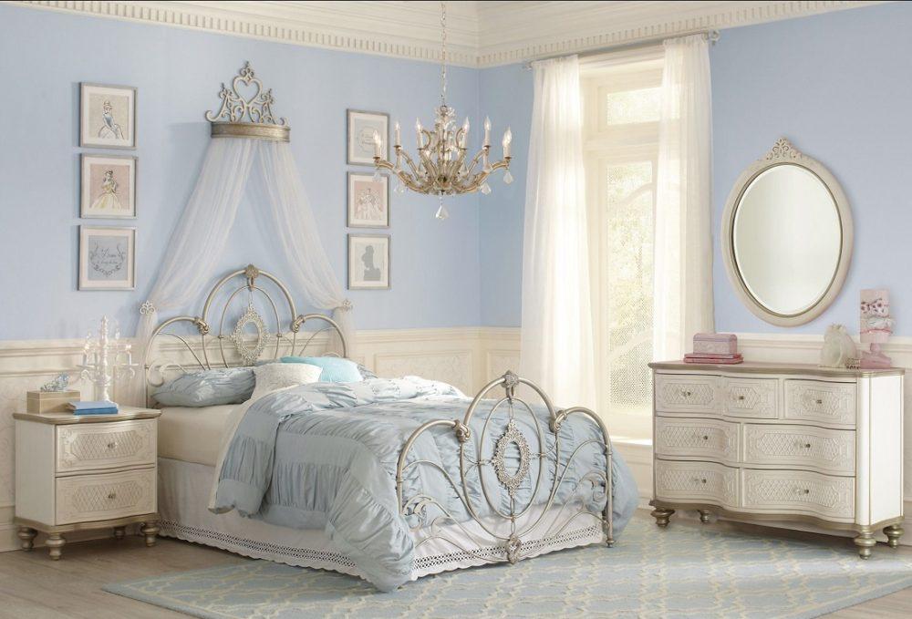 Интерьер спальни в стиле диснеевской принцессы