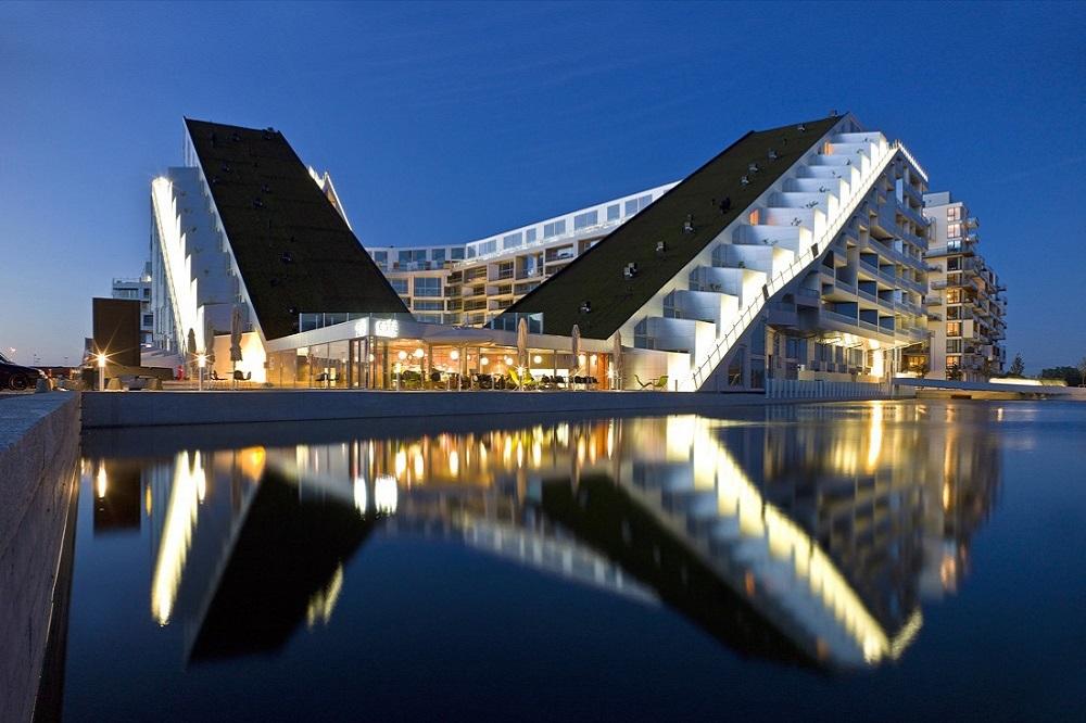 Внешний вид комплекса дом восьмерка в Дании